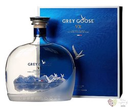"Grey Goose "" VX "" ultra premium French vodka 40% vol.   1.00 l"
