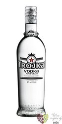 "Trojka "" Pure grain "" premium Swiss vodka 40% vol.   1.00 l"
