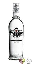 "Trojka "" Pure grain "" premium Swiss vodka 40% vol.   1.00 l"