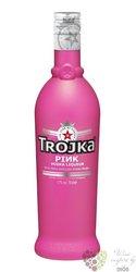 """Trojka """" Pink """" premium Swiss vodka liqueur 17% vol.    0.70 l"""