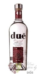 Dué original Italian Merlot flavoured vodka 40% vol.  0.70 l