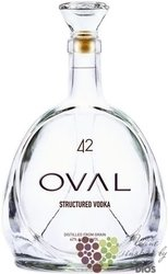 "Oval "" 42 "" structured premium Austrian grain vodka 42% vol.    0.70 l"