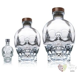 Crystal Head plain triple crystal filtered Canadian vodka by Henderson 40% vol.0.05 l