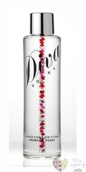 "Diva "" Swarovski crystal "" diamond filtered Scotch vodka 40% vol.     0.70 l"