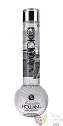 "Bong "" Matthew Curry "" premium vodka of Holland 40% vol.   1.00 l"