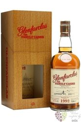 "Glenfarclas 1992 "" Familly cask VIII "" single malt Speyside whisky 59.5% vol.0.70 l"