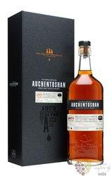 Auchentoshan 1979 aged 32 years Lowland whisky 47.6% vol.  0.70 l