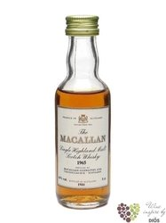 Macallan � Sherry Oak � aged 12 years Speyside single malt whisky 40% vol.     0.05 l