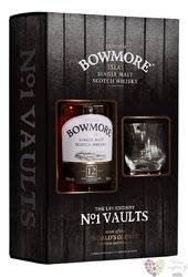 Bowmore 12 years old glass pack single malt Islay whisky 40% vol.  0.70 l