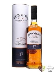 Bowmore 17 years old single malt Islay whisky 43% vol.   0.70 l