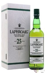 "Laphroaig 2015 "" Cask strength "" aged 25 years single malt Islay whisky 46.8% vol.  0.70 l"