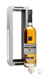Girvan Patent Still aged 25 years single grain Scotch whisky 42% vol.    0.70 l
