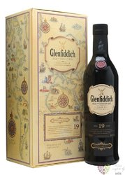 "Glenfiddich Age of Discovery "" Madeira cask "" aged 19 years Speyside whisky 40%vol.   0.70 l"