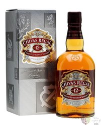 Chivas Regal 12 years old gift box premium blended Scotch whisky 40% vol.   1.00 l