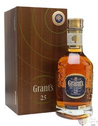 Grant´s 25 years old luxury box premium blended Scotch whisky 40% vol.  0.70 l