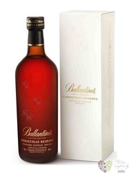"Ballantine´s "" Christmas reserve "" premium blended Scotch whisky 40% vol.   0.70 l"