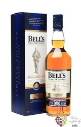 "Bell´s "" Signature blend "" limited edition of blended Scotch whisky 40% vol.   0.70 l"