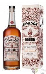 "Jameson deconstructed series "" Round "" premium Irish whiskey 43% vol.  1.00 l"
