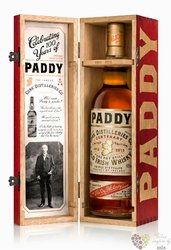 "Paddy "" Centenaire edition "" wood box old Irish blended whiskey 43% vol.    0.70 l"