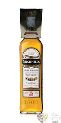 "Bushmills "" Original "" glass pack blended Irish whiskey 40% vol.  0.70 l"