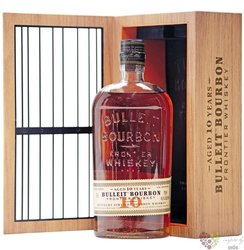 "Bulleit "" Frontier the Cage "" aged 10 years gift tube straight American bourbon 45.6% vol.  0.70 l"