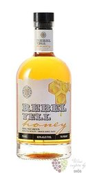 "Rebel Yell "" Honey "" bourbon whiskey 35% vol.   0.70 l"