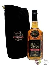 "Black Velvet "" Reserve "" aged 8 years premium Canadian whisky 40% vol.    1.00 l"