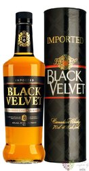 Black Velvet gift tube blended Canadian whisky 40% vol.  0.70 l