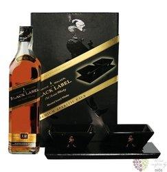 "Johnnie Walker "" Aperitif set of Black label "" 12 years old premium blended whisky 40% vol.  0.70 l"