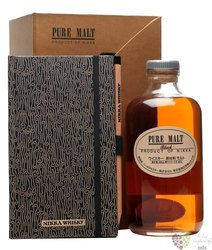"Nikka pure malt "" Black "" gift set Japan whisky 43% vol.  0.50 l"